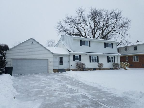 5 bed 2 bath Single Family at 812 S 121st St West Allis, WI, 53214 is for sale at 275k - 1 of 25