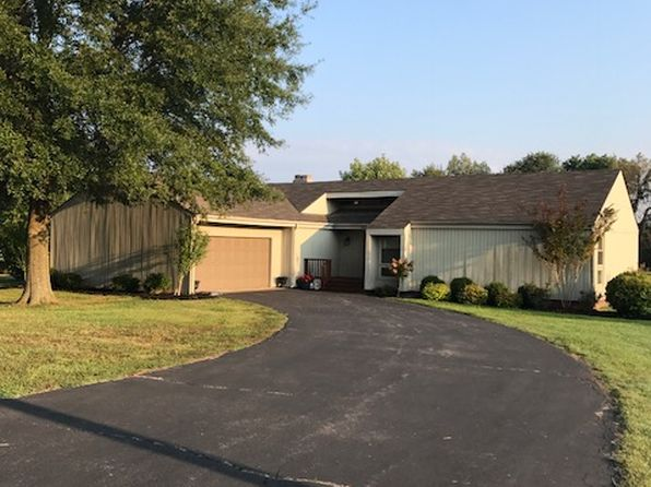 3 bed 2 bath Single Family at 832 Clark Ln Benton, KY, 42025 is for sale at 175k - 1 of 11