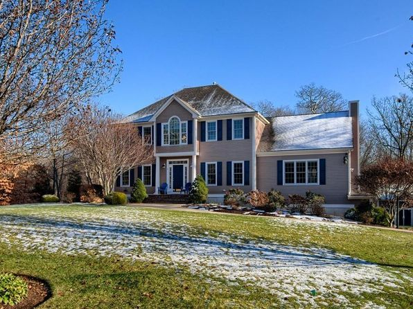 3 bed 3 bath Single Family at 2 GRANITE POST RD WESTPORT, MA, 02790 is for sale at 559k - 1 of 26