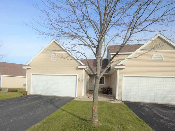 3 bed 3 bath Condo at 1578 Castle Dr Petoskey, MI, 49770 is for sale at 230k - 1 of 17
