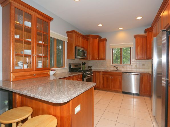 3 bed 2 bath Single Family at 3301 Elk Ct Yorktown Heights, NY, 10598 is for sale at 399k - 1 of 26