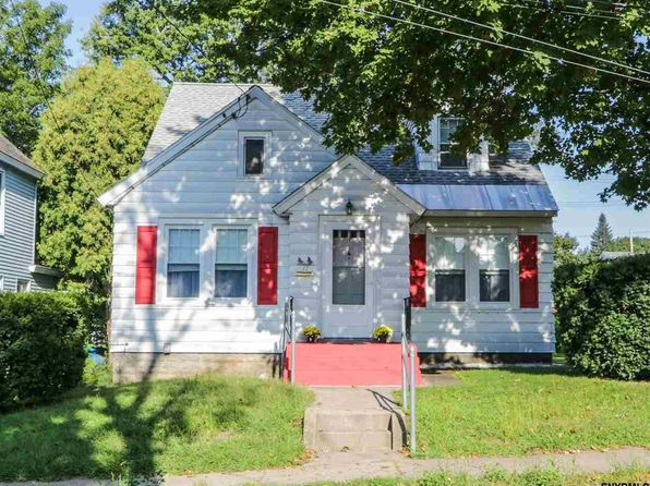 4 bed 1.1 bath Single Family at 17 Hawk St Scotia, NY, 12302 is for sale at 130k - 1 of 25