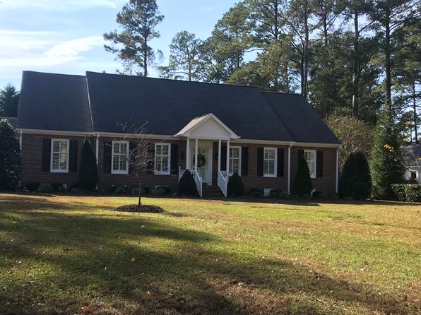 3 bed 3 bath Single Family at 2401 Pineneedles Rd Goldsboro, NC, 27534 is for sale at 240k - 1 of 37