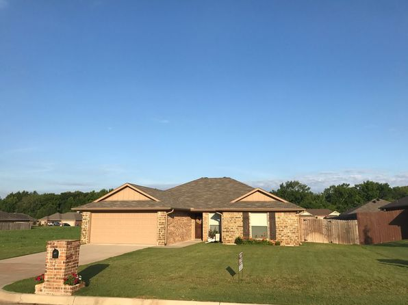 3 bed 2 bath Single Family at 111 Bois D Arc Bullard, TX, 75757 is for sale at 179k - 1 of 17