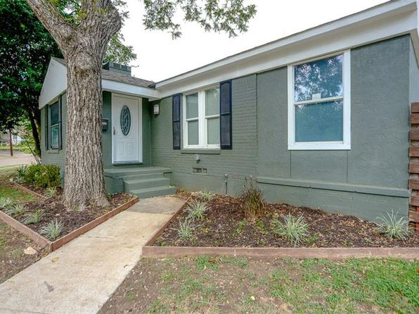 2 bed 1 bath Single Family at 2707 Overcrest St Dallas, TX, 75211 is for sale at 220k - 1 of 26
