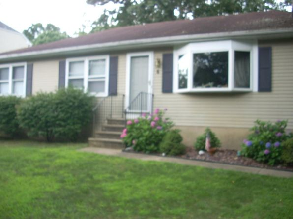 3 bed 2 bath Single Family at 6 Kuzyk Rd Cream Ridge, NJ, 08514 is for sale at 179k - 1 of 15