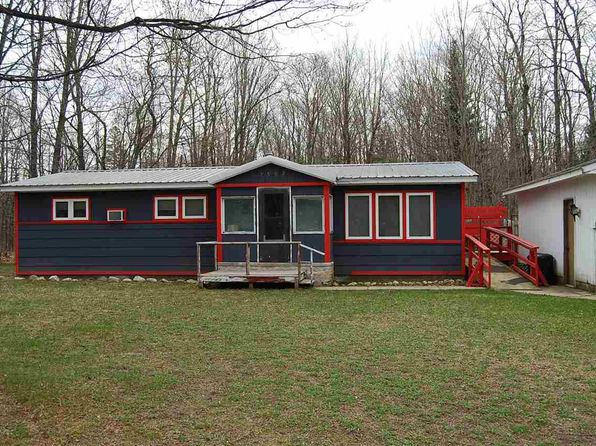 2 bed 1 bath Mobile / Manufactured at N7502 Carmody Rd Lat/Long: 46.42735 Munising, MI, 49862 is for sale at 50k - 1 of 16