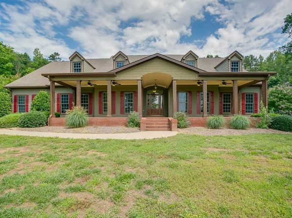 4 bed 6 bath Single Family at 6249 Ben Parks Rd Murrayville, GA, 30564 is for sale at 999k - 1 of 39