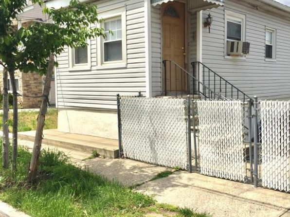 2 bed 1 bath Single Family at 115 Winham Ave Staten Island, NY, 10306 is for sale at 369k - 1 of 17