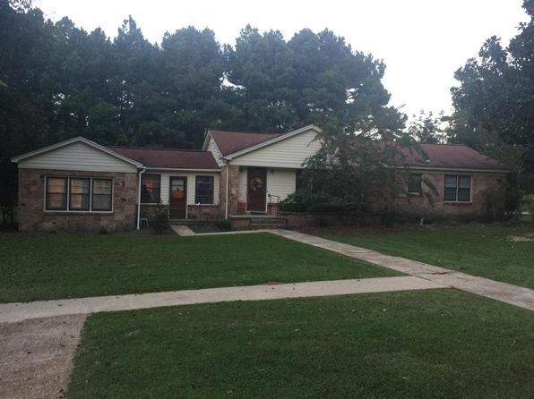 3 bed 2 bath Single Family at 393 S Louisville St Ackerman, MS, 39735 is for sale at 137k - 1 of 40