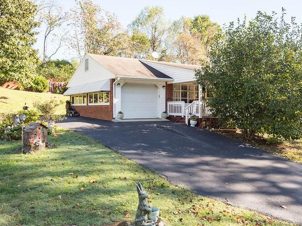 3 bed 3 bath Single Family at 116 Beachview Ln Troutville, VA, 24175 is for sale at 155k - 1 of 34
