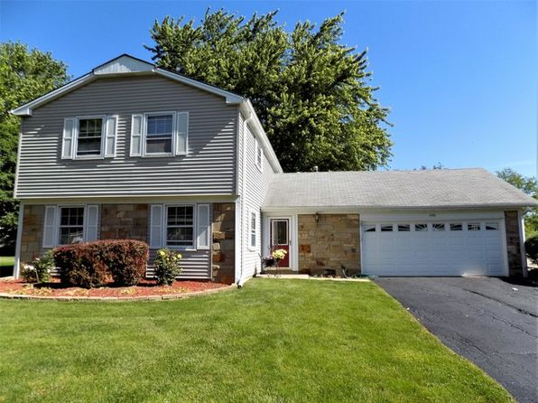 4 bed 3 bath Single Family at 1 Weidner Ct Buffalo Grove, IL, 60089 is for sale at 325k - 1 of 24