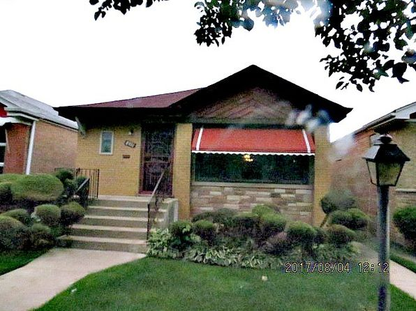 3 bed 2 bath Single Family at 8931 S Euclid Ave Chicago, IL, 60617 is for sale at 149k - 1 of 11