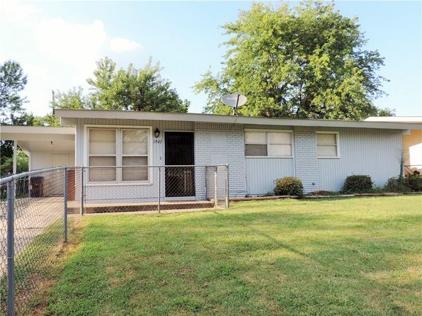 3 bed 1 bath Single Family at 1907 Waco St Fort Smith, AR, 72901 is for sale at 58k - 1 of 25