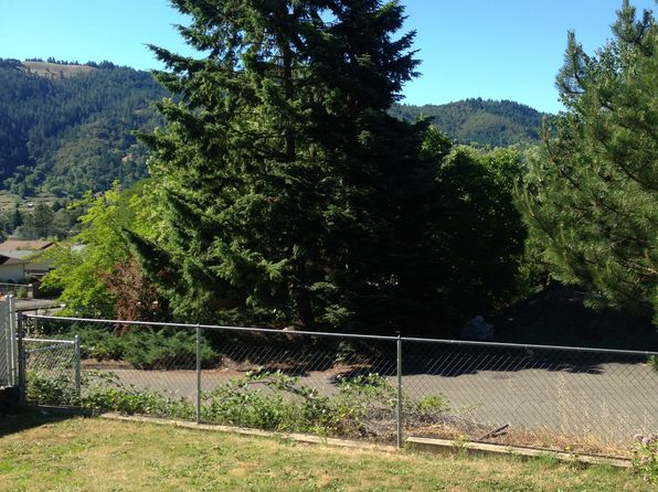 3 bed 2 bath Mobile / Manufactured at 127 Clark St Myrtle Creek, OR, 97457 is for sale at 129k - 1 of 22