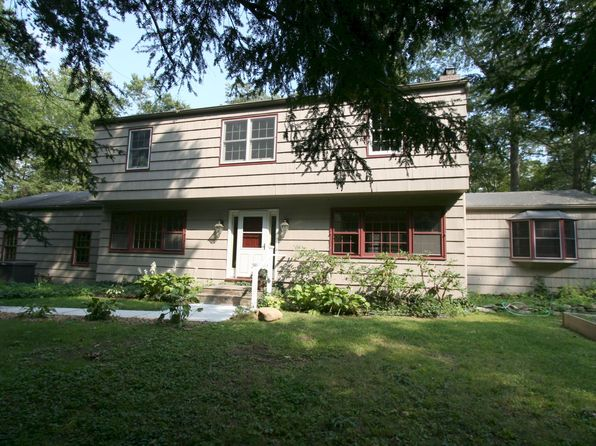 4 bed 3 bath Single Family at 25 Nancys Ln Pound Ridge, NY, 10576 is for sale at 459k - 1 of 19