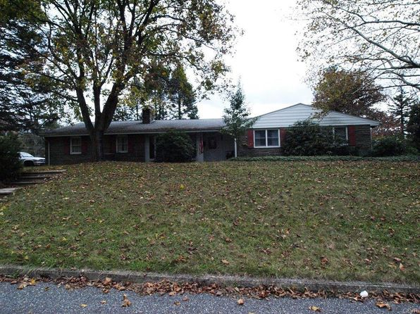 3 bed 3 bath Single Family at 355 N 11th St Lehighton Borough, PA, 18235 is for sale at 205k - 1 of 29