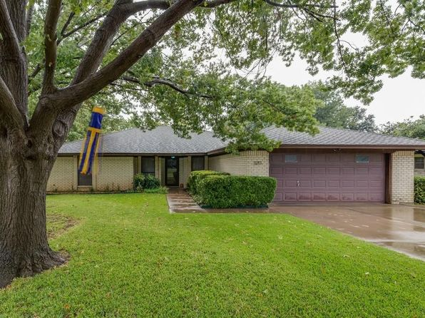 3 bed 2 bath Single Family at 3213 Lawndale Ave Fort Worth, TX, 76133 is for sale at 185k - 1 of 35