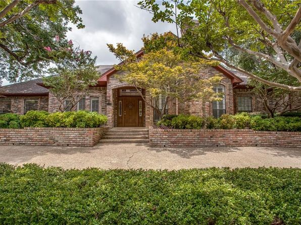 5 bed 5 bath Single Family at 6407 Clubhouse Cir Dallas, TX, 75240 is for sale at 648k - 1 of 26