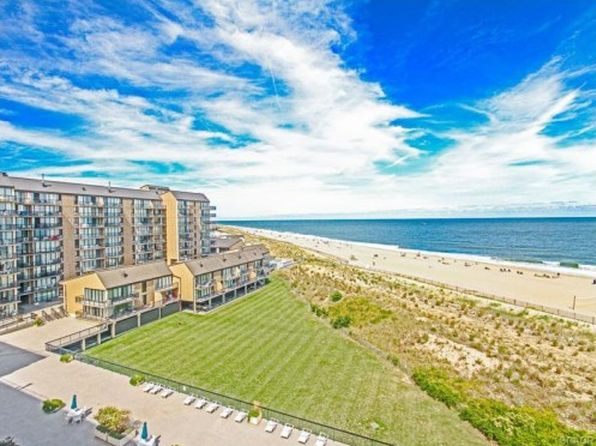 1 bed 1.5 bath Condo at 703 Chesapeake Bethany Beach, DE, 19930 is for sale at 360k - 1 of 17