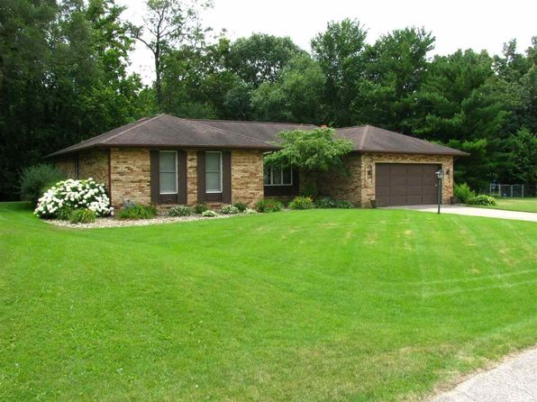 3 bed 2 bath Single Family at 24104 Coral Ln Elkhart, IN, 46516 is for sale at 174k - 1 of 29