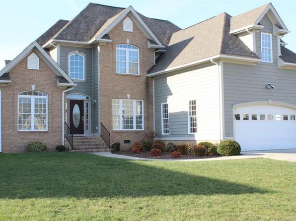 4 bed 3 bath Single Family at 25 S Windsong Ct Fishersville, VA, 22939 is for sale at 329k - 1 of 39