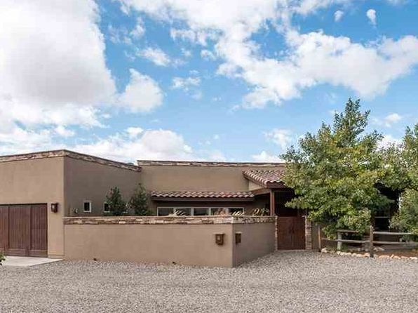 4 bed 3 bath Single Family at 84 Bosquecillo Santa Fe, NM, 87508 is for sale at 499k - 1 of 25