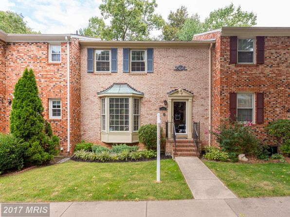 3 bed 4 bath Townhouse at 9444 Park Hunt Ct Springfield, VA, 22153 is for sale at 468k - 1 of 27
