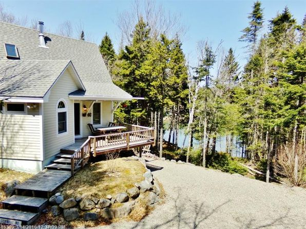 2 bed 1 bath Single Family at 2 Mallar Way Roque Bluffs, ME, 04654 is for sale at 275k - 1 of 28