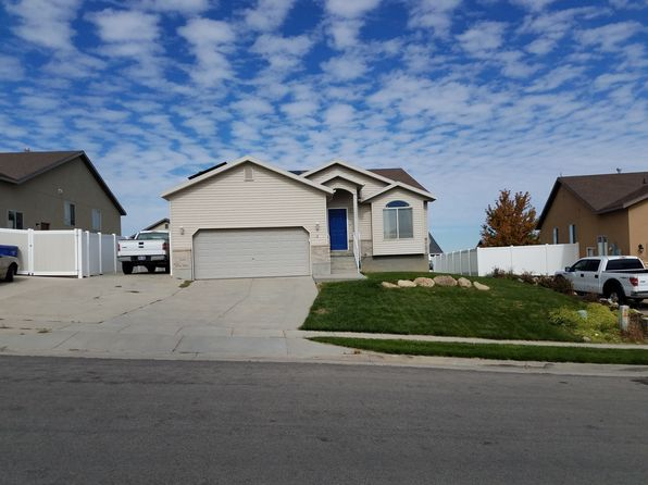 3 bed 2 bath Single Family at 6244 W Liza Ln West Jordan, UT, 84081 is for sale at 300k - 1 of 30