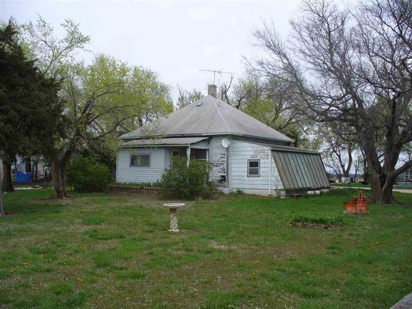 3 bed 2 bath Single Family at 3416 N Woodlawn Rd Newton, KS, 67114 is for sale at 64k - 1 of 22