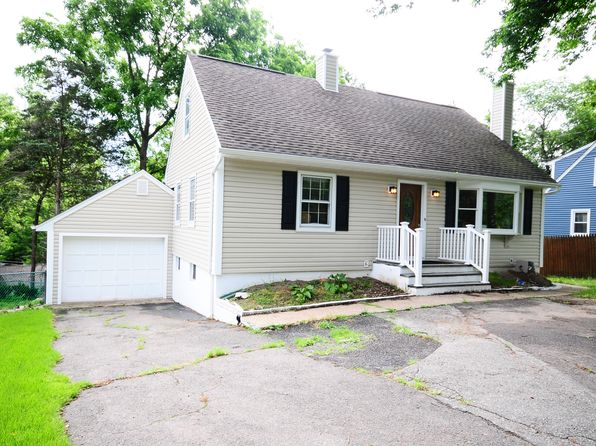 4 bed 3 bath Single Family at 533 Ramapo Valley Rd Oakland, NJ, 07436 is for sale at 435k - 1 of 17