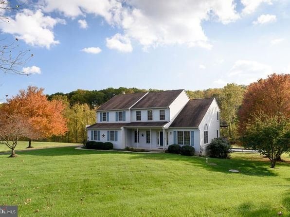 3 bed 3 bath Single Family at 104 Gottier Way Downingtown, PA, 19335 is for sale at 435k - 1 of 25