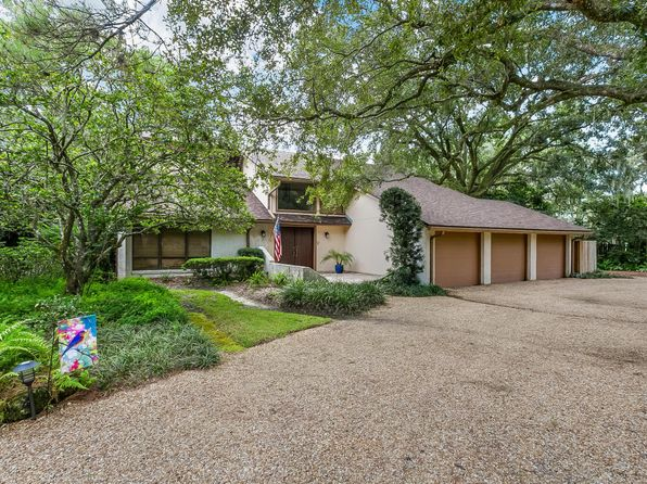 4 bed 4 bath Single Family at 10945 Scott Mill Rd Jacksonville, FL, 32223 is for sale at 425k - 1 of 35