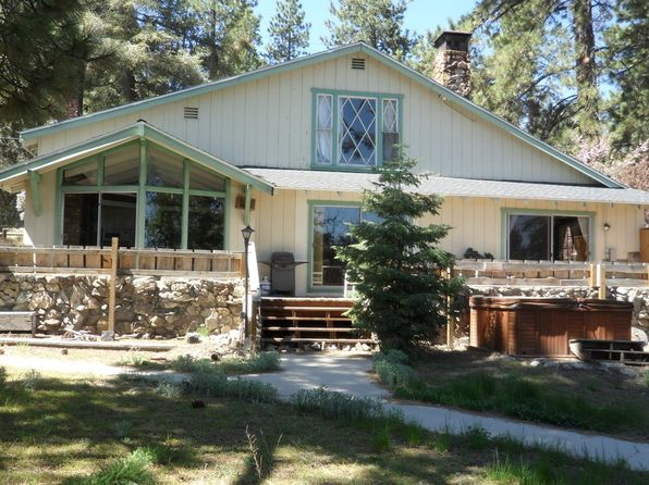 4 bed 4 bath Multi Family at 1097 Club View Dr Big Bear, CA, 92314 is for sale at 599k - 1 of 2