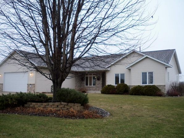 5 bed 3 bath Single Family at 815 Crestwood Ct Spring Valley, MN, 55975 is for sale at 279k - 1 of 39