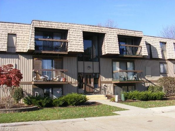 2 bed 2 bath Condo at 9911 Sunrise Blvd Q2 North Royalton, OH, 44133 is for sale at 45k - 1 of 11
