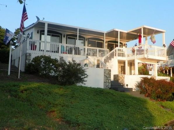 2 bed 1.5 bath Single Family at 127 Badin Lake Rd New London, NC, 28127 is for sale at 165k - 1 of 13