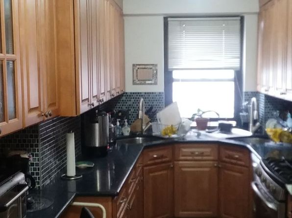 2 bed 1 bath Cooperative at 208 E Broadway New York, NY, 10002 is for sale at 1.10m - 1 of 9