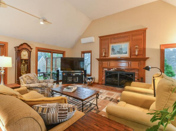 4 bed 3 bath Single Family at 378 Elliott Rd Centerville, MA, 02632 is for sale at 585k - 1 of 28