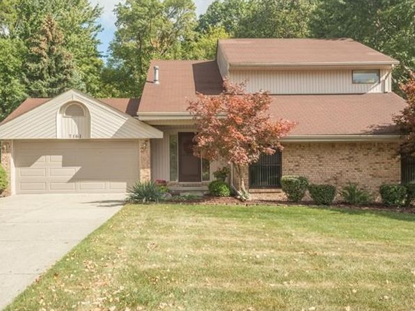 3 bed 3 bath Single Family at 7161 Indian Creek Dr West Bloomfield, MI, 48322 is for sale at 260k - 1 of 26