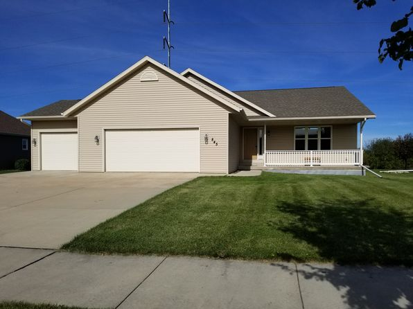 4 bed 3 bath Single Family at 845 Mustang Ln Fond Du Lac, WI, 54935 is for sale at 230k - 1 of 28