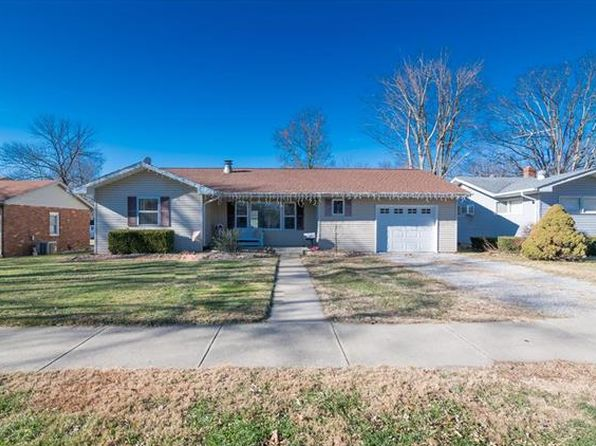 3 bed 1 bath Single Family at 1912 Cypress St Highland, IL, 62249 is for sale at 130k - 1 of 24
