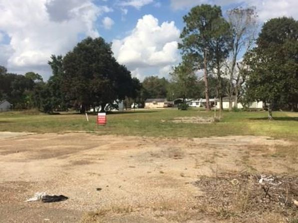 null bed null bath Vacant Land at 728 Russell Ave Welsh, LA, 70591 is for sale at 55k - 1 of 2