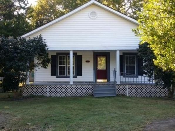 3 bed 2 bath Single Family at 721 N Texas St Deridder, LA, 70634 is for sale at 68k - 1 of 8