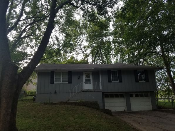 3 bed 2 bath Single Family at 408 NE Lakeview Dr Blue Springs, MO, 64014 is for sale at 120k - 1 of 8