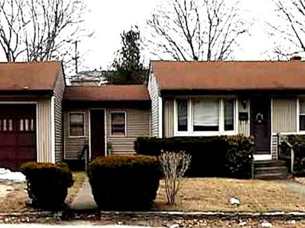 3 bed 2 bath Single Family at 94 Woonasquatucket Ave North Providence, RI, 02911 is for sale at 220k - 1 of 25