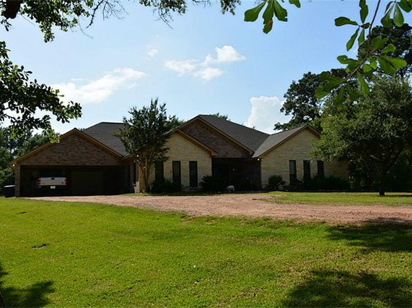 3 bed 3 bath Single Family at 925 Fm 1456 Rd Bellville, TX, 77418 is for sale at 449k - 1 of 13