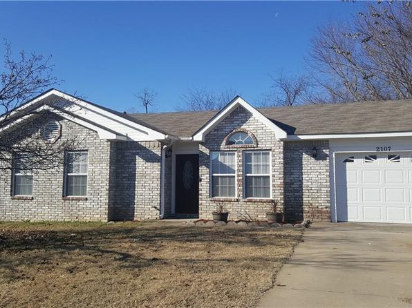 3 bed 1 bath Single Family at 2107 N HILLS BLVD VAN BUREN, AR, 72956 is for sale at 93k - google static map