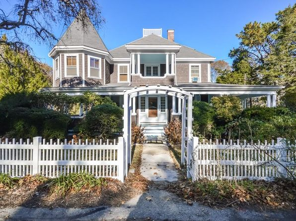 4 bed 5 bath Single Family at 40 Red Brook Rd Bourne, MA, 02532 is for sale at 698k - 1 of 30